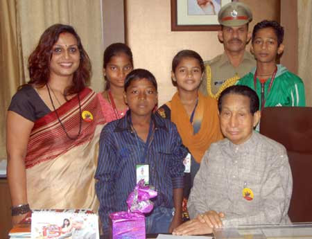jamir-with-child-leaders