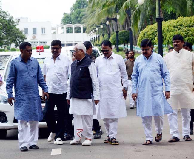 congress-governor